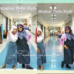 👠👒👗 #Modest #KawaiiDenim #TwinStyle by #heztyharajuku & @mineko_shirota #JFashionJumpers #Community #Jakarta . Photo credit to @elef_aresius 😉👒👠👗 #Fashion #style #casual #shopping #modestfashion #coveredstyle #scarf #headscarf #sisters #denim #overall #instafashion #clozetteid