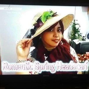 💄🎒💄 #heztyharajuku 's #sinceresmile with #KhalisaLipcare  @clozetteid & @KhalisaIndonesia #GoDiscover #clozetteid  #HijabChallenge 💄🎒💄...this is my smile when I give the #kawaii #headscarftutorial for #NHKWorld #TV #Japan at #NHKKawaiiInternational #TVprogram. Cheers!... 😉