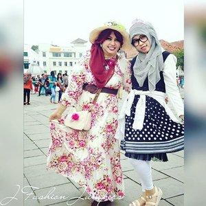 @zaloraid @clozette #Clozette #ClozetteID #HDILAsia #tryanotherlook🌹💜🌹 #flowerpattern #flowerprint #ootd #modestfashion #coveredstyle #scarf #headscarf #fashion #style #modesty #stylish #vintagefashion #vintagestyle #instafashion #hijabstyle #hijabindonesia #scarfstyle  #kotatuajakarta #jakartastreetstyle #MuslimahTraveler #kawaiistyle #stylishtraveler #OOTD #gaijingyaru #ギャル
