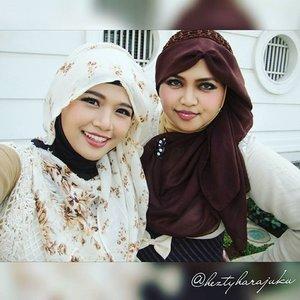 👒👜👠 Sept 12th, 2015 ---- #Shopping & #Jakarta #KotaTua #trip with my #sister @mineko_shirota . #Ojousama / #Princess in #vintagefashion kinda day!... hehe 😉 🌼🌹🌼 ... being #TimeTraveler #sisters again haha! 🌹👒👜 #MuslimahTraveler #MuslimLolita #modestfashion #coveredstyle #headscarf #scarf #kawaiistyle #fashion #style #ootd #ClozetteID @clozetteid #FoodTravelerMinekoHezty #stylishtraveler #instatravel #instafashion #JakartaStreetStyle #Dollykei #hijabstyle