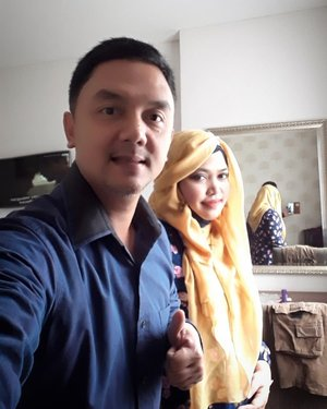 "LATEPOST: Wednesday, August 6th, 2018 --- Day 3: Training calon Asesor #PoliMedia with BNSP at @hotelpermata #HotelPermata #Bogor. 💗💗💗💗💗💗-Our #OOTD Day 3 : #RoyalBlue❤💗❤💗❤💗👖👗Daku suka bingit matching2in #couplestyle #outfit hihi... seru aja, kayak ada #dailychallenge buat cari ootd yg serasi dari isi lemari yg sudah ada.Alhamdulillah si Papi mah percaya aja sama aku, mau aja aku matchingin bajunya👖👗 hihi... yg penting pake yg sudah ada aja di lemari 😄Kadang dianya suka nanya : "" Nanti mau di-matching-in lagi, Mih?"" 🤣Daku langsung manggut2 sambil cengar-cengir 😄😄💗❤💗❤💗❤#clozetteid#nhkkawaii#modestfashion#couplegoals"