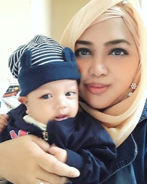 July 2019---👖👕👛🧦 #Kawaii #modestfashion #Twinstyle in #Denim with #mySon, #ArtanabilRafisqyErlan (#3monthsbaby )😻🤱 Artan is soo... #adorable and #photogenic. I thought that it is #genetic lol😜 It comes from his #Mommy (who else?! Huh) hehe I remember that a few years ago Pak @erdin.saeftold someone that #HestiSensei is #photogenic and #fashionable 🤣😚 at the very first time we met and took a pic at 5th fl of Polimedia tower as a new friend haha... and he is my husband now. Maybe that's the reason why he marry me 🤣😂🤣 kidding 🤣---#clozetteid#nhkkawaii#hootd#babyootd#modestwear#motherandson#kawaiimomandson#momandbaby