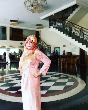 "Sun, Dec 4th, 2016--- Day 2: "" On the #WeddingDay "" of the #beautifulbride, my #cousin Sophia in #Surabaya👰👸💕💐 #Happy #Wedding , Ping! All the best! Amiin... 😉✈😎 @clozetteid #clozetteID #hootd #modestwear #modestfashion #stylecovered #fashion #style #traveling #SurabayaTrip #hijabfestive #headscarf #fashionvlogger #fashiongrammer #weddingparty #peachperfect #muslimbride"