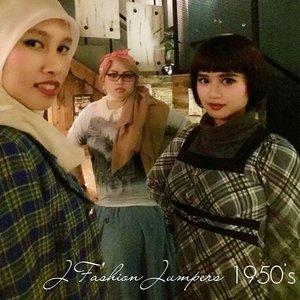 Monday, Sept 28th, 2015-----🍕🍝🍕 #1950s #Amekaji #Retro #Fashion #Style by #JFashionJumpers --- #Indonesian #Japan #FashionCommunity at @milanpizza #milanpizzeriacafe Margonda - Depok 🍕🍝🍕 Yuhuuu!... hari ini @mineko_shirota @lemoika & #heztyharajuku lagi meeting ngomongin next project berkaitan dengan momentum @indonesiafashionweek 😘 #stylishtraveler 👘👒🌹 #OOTD #modestfashion #coveredstyle #headscarf #scarf #scarfstyle #ClozetteID @clozetteid #instafashion #instabeauty #retrolook #retrostyle
