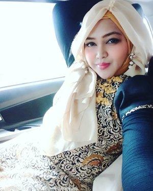 Wed, January 6th, 2021------ Wearing #BatikCheongsam #dress by #hestiharajuku 😉 ----#nhkkawaii #clozetteid #Modestfashion #Chineselook#batikindonesia
