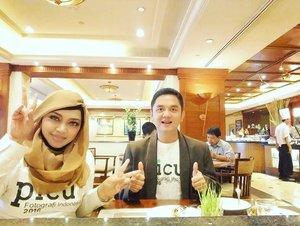 Throwback a year ago... 📷📸Kerja tim bareng as #moderator & #notulen at #Seminar #PICU2016 #FotografiIndonesia , #HotelAryadutta #Jakarta with @erdin.saef 📸📷 - - - - - - - #clozetteid  #modestfashion #hootd #partner #modestwear