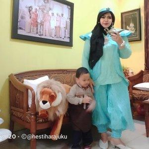 January 17th, 2021----🎂✨🍰 Alhamdulillah my #littleprince .... Sudah segede ini ajah.. tumbuh sehat, makin pinter, ganteng dan sholeh. MashaaAllah tabarakallah... Hadiah terindah dari Allah.🍰✨🎂----#nhkkawaii #clozetteid #princessjasmine#Disneytheme #Modestfashion #parentinglife