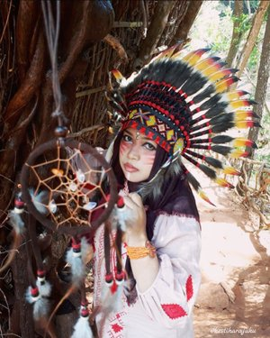 Wed, August 16th, 2017--- Theme : #Apache #Warrior #Princess  #Photographer : @dewirahmawati29 Location : #Imogiri #PineForest #Yogyakarta Model: #HestiHarajuku Camera: #SamsungJ7Prime #warbonnet : @waroeng_indian_apache - - - - - - - #clozetteid  #modestwear #hijabtraveler #hootd #Indian #Yogyatrip #VisitYogya