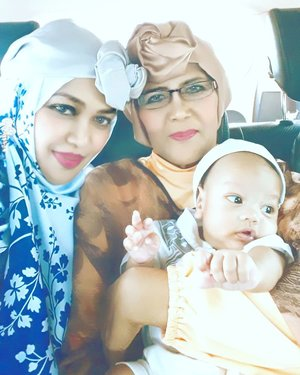 Wed, JUNE 5th, 2019 ---- 🕋🕌🕋🐪🐫🌴⭐🌙 3 generations in #style ! 🤣 Artan, you will be a #fashionable #babyboy ever haha! Just look at your Mom and #Grandma Eyang @taticholid , we were born stylish, Son 🤣 --#EidMubarrak ! #Happy #idulFitri1440H / #Lebaran2019 . #MinalAidinWalFaidzin .... #taqoballahuminnawaminkum ...#MohonMaafLahirBatin , guyz! 😉---#parentinglife#nhkkawaii#clozetteid#lebaranootd#hootd#turbanstyle#modestwear#modestfashion#MomandSon#moslemfamily#ArtanabilRafisqyErlan#2monthsbaby