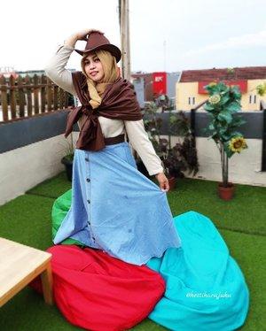 Thu, April 6th, 2017 --- #Countrygirl yiiiha!!... at #rooftop @WarungOppa #WarungOppa #Margonda #Depok --- --- #clozetteid @clozetteid #countrystyle #fashion #style #modestfashion #modestwear #cowgirl #headscarf  #stylecovered