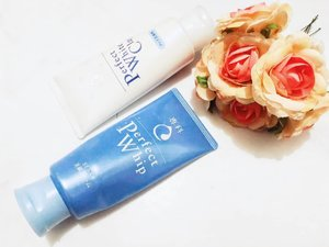 DAY 2 #ischitandmisschallenge ➖ As you can guest, this is my HIT 2nd CLEANSER from @senkaindonesia. Been using this for 3 tubes up until now. First, I tried the Perfect Whip. Then the next round I tried the Perfevt White Clay. Latest, back to the Perfect Whip.  Why?  No certain reason but personal taste. I more liking the perfect whip texture than the other one which a bit dense. Both are equally produce abundant lather without detergent or iritating ingredients. The after feeling make my face feels so fresh without any drying or stretch effect. That is the reason why I love this range, esp the perfect whip, much. ➖ Rate: 🌟🌟🌟🌟🌟 ➖ What about you pals? What's your favorit second cleanser?  #cleanser #cleansingfoam #japaneseskincare #secondcleanser #skincare #skincarecommunity #skincarejunkie #skincareaddict #skincarelover #japanbeautybrand #japanskincare #abcommunity #asianskincare #abskincare #abbeatthealgorithm #discoverunder5k #skincareblogger #idskincarecommunity #clozetteid #senkaindonesia