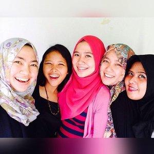 Senyum? Pede aja lagii! @totalcaremouthwashid #SenyumTotalCare #HappySelfie #happy #clozetteID #girls @ampuhtanpaaduh