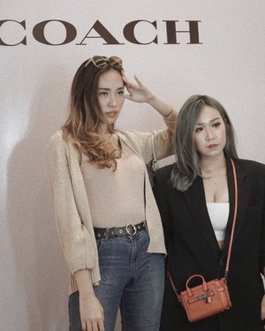 for @coach SS 20 collection preview, hosted by mi luv @tyamihoo🖤 #coachSS20 #coach..........#ootd #work #tiktok #tiktokindonesia #party #casual #outfitoftheday #giveaway #indonesia #beatricenathania #makeup #indobeautygram #clozetteid @clozetteid @indobeautygram #tasyashoutoutfarasya @tasyafarasya #dwiendahpusparini @dwiendahpusparini #sbyglamsquad @sbyglamsquad @janineintansari @cindercella #janineintansari #cindercella