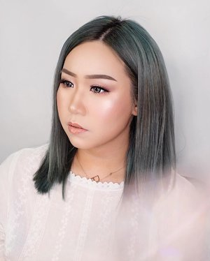 brushed by @jnataliec_mua🌻..........#muasurabaya #surabaya #makeupartist #ootd #work #party #casual #outfitoftheday #giveaway #indonesia #beatricenathania #makeup #indobeautygram #clozetteid @clozetteid @indobeautygram #tasyashoutoutfarasya @tasyafarasya #dwiendahpusparini @dwiendahpusparini #sbyglamsquad @sbyglamsquad @janineintansari @cindercella #janineintansari #cindercella #beauty #selfie #makeup #skincare #nails #hair #fragrance