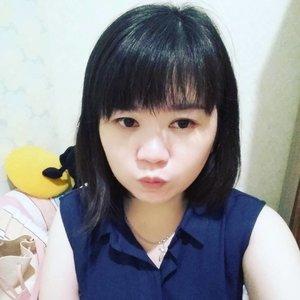 Sometimes I think it's better to take selfie??? 😂😂😂... poke @livia_mi 😘😘😘 I think I miss this place and the people already 😶😑... #selfie#selca#location#kostan#liviami#wkwkwk#shortescape#shorttrip#lebaran#kabursaatlebaran#miss#missyou#throwback#latepost#like#like4like#clozette#clozetteid#beauty#lifestyle#korean#koreanlook#koreanmakeup#nomakeupmakeuplook#koreangirl#nomakeup#mango#ootd#gakjelas#lol