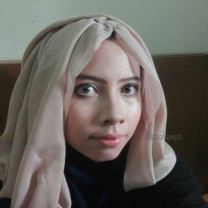 Stella Nox Fleuret Makeup Inspiration [Final Fantasy XV Game] 🌌  #stella #stellanoxfleuret #finalfantasyxv #anime #animelover #cosplay #cosplayerindonesia #cosplayer #hijabcosplaygallery #hijabcosplay #cosplaymakeup #makeupcharacter #makeup #mua #hijabcosplayerindonesia #otaku #otakuindonesia  #makeupanime #animeshop #gamer #animemakeup #mangamakeup #hijabcosplayer #prettycool #indocosugram #clozetteid #indobeautygram #ivgbeauty #cosplayhijab #instaanime @dagelangaming