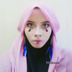 Joker make up inspiration 🌌 #anime #animelover #cosplay  #cosplayer #hijabcosplaygallery #hijabcosplay #cosplaymakeup #makeupcharacter #makeup #mua #hijabcosplayerindonesia #otaku #otakuindonesia  #makeupanime #animeshop #gamer #animemakeup #mangamakeup #hijabcosplayer #prettycool #indocosugram #clozetteid #indobeautygram #ivgbeauty #cosplayhijab #instaanime #costes #circus #joker
