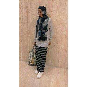 #ClozetteId #hijaber #instame #myoutfit #instapic #look #myhijabstyle #ootd #instalike