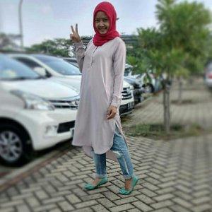 happy me 😊😊#ClozetteId # clozetter #hotd #ootd #myoutfit # hijabdaily #fashion #style #ootdanty #mysimpleoutfit