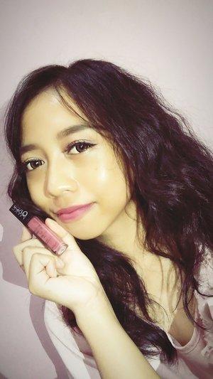 Salah satu lip cream yang berkali-kali repurchase @MakeOver shade Posh 💜  Eyelashes @Binkcharm Softlens @Eyelovin #MakeOver #Blinkcharm #Clozette #ClozetteID