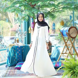 Khaira Dress @elhasbu for #SimplyRaya 😊 find this collections only at @district12.id #ClozetteId #ElhasbuStyle