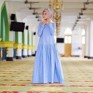 Be amazing, Be good, Be Strong, Be smart. But the most important thing, Be yourself. 💙 | #ElhasbuStyle wearing Cordelia Dress @elhasbu 💙🍃 #ElhasbuTravelDiary #ClozetteId