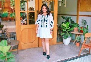 Last one for today! Review nya bakal di post di blog malam ini 😀😬😁-- sekalian ngerjain tugas yang tak selesai hingga kini 😂.··#fashion #ootd #style #instafashion #fashionblogger #bohemian #boho #bohemianstyle #streetstyle #beautyblogger  #womensfashion  #whatiwore #foodblogger  #wiwt #fashionweek #fashionstyle #styleblog #ootdindo # #outfitoftheday #Clozetteid #aztecprint #ethnicwear #ethnic #aztec #bohostyle #girly #dress #minidress #TasyaPlacesRecommendation