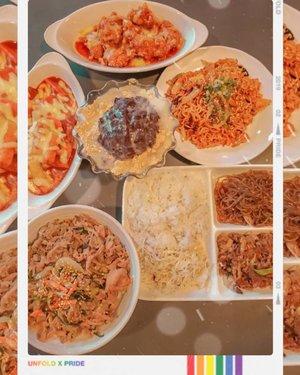 Still from last night korean food party 🎉🍲🍻🎊🌃 #Borngaexpress #Borngaexpressindonesia #borngaexpressjakarta #woosamgyeop #bestvalue #makananhalal #pesanantar #delivery #koreanfood #Qraved #lifeistasty #makelifetasty #foodie #foodstagram #foodgawker  #kulinerjakarta #foodporn #foodstagram  #foodgasm #mouthgasm #foodphotography #food52 #foodtruck #foodpic #jktgo #manualjkt #jakartafoodbang #jktfoodbang  #jktfood  #tasyaeats #Clozetteid