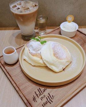 Kirain orang- orang lebay. Ternyata beneran enak BANGET dong rasanya 🤩•Original pancake + ice latte from @panco.id •#Clozetteid