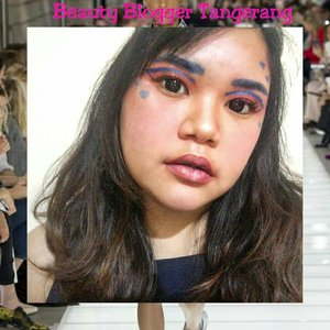 Setelah bulan lalu jadi Princess Esmeralda of Notre Dame, kali ini Tasya jadi Harley Quinn KW 3 😑. Harusnya ini Runway Inspired Make Up Look. Tapi gatau kenapa jadi kaya HALLOWEEN MAKE UP LOOK #MONMAAP @beautyblogger.tangerang #bbtmonthlycollab #bbtnovembercollab #makeupcollaboration #fashionrunway #makeup #beauty #makeupaddict #makeupjunkie #motd  #makeuplover  #instamakeup #wakeupandmakeup  #clozette #clozetteid  #tasyamakeuppreference