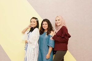 @theshonet insiders gathering! With the usual partner @budiartiannisa and look who's thereeee @bebenadila 🤭😜❤️ #makeup #beauty #makeupaddict #makeupjunkie #motd #makeuplover  #instamakeup #wakeupandmakeup #clozetteid  #tasyamakeuppreference #beautysocietycollabreview #beautychannelid #beautybloggerindonesia #bloggerceria #ragamkecantikan #tampilcantik #indonesianbeautyblogger #indobeautysquad #beautybloggertangerang #bloggermafia  #kbbvfeatured