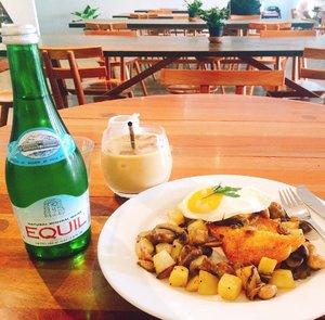 #nofilterneeded ❤️ Daily dose of caffeine and healthy breakfast @115coffee #TasyaPlacesRecommendation #TasyaEats #Clozetteid
