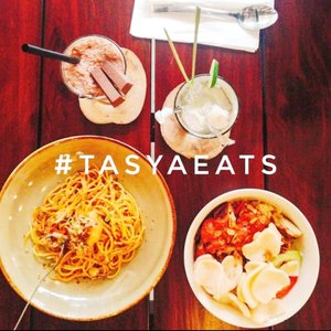 #throwback to 8 months ago. Kayanya harus mulai rajin kulineran lagi 😄  #latepost #foodie #foodstagram #foodgawker  #kulinerjakarta #foodporn #foodstagram  #foodgasm #mouthgasm #foodphotography #food52 #foodtruck #foodpic #jktgo #manualjkt #jakartafoodbang #jktfoodbang  #jktfood  #tasyaeats #zomato #zomatoid #TasyaForZomato #Clozetteid