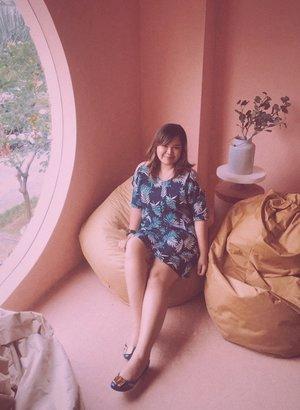 Ferragamo Shoes + Tropical Cut Out Dress 🌸🌼