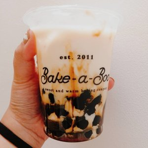 Milk + Baileys + Boba + brown sugar= ❤️❤️❤️ I rarely have boba milk drink, so when i do, i always choose the one from my favorite brand 😋#Clozetteid #boba #bobamilktea #baileys #baileysboba #bakeaboo #bakeabooindo
