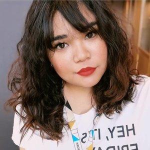 Morning celfie 🤷♀️#makeup #beauty #makeupaddict #makeupjunkie #motd  #makeuplover  #instamakeup #wakeupandmakeup #eyelashextension #ragamkecantikan #hairstyle  #bloggerceria #bloggerceriaid #beautyblogger #beautyenthusiast #skincare  #nomakeupmakeup #freckles  #clozette #clozetteid #kriwil #curlyhair #curlynaturalhair #curlyhairstyles #curlyhairroutine #curlycommunity #curlygirl