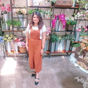 #fashion #ootd #style #instafashion #fashionblogger #bohemian #boho #bohemianstyle #streetstyle #beautyblogger  #womensfashion  #whatiwore #foodblogger  #wiwt #fashionweek #fashionstyle #styleblog #ootdindo # #outfitoftheday #Clozetteid  #TasyaPlacesRecommendation