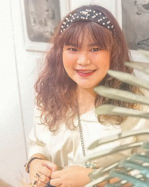 Nyengit lebar semuka-muka by @budiartiannisa 😂  #Clozetteid  #makeupaddict #makeupjunkie #motd  #makeuplover  #instamakeup #wakeupandmakeup #eyelashextension #ragamkecantikan #hairstyle  #beautyblogger #beautyenthusiast #skincare  #nomakeupmakeup #freckles