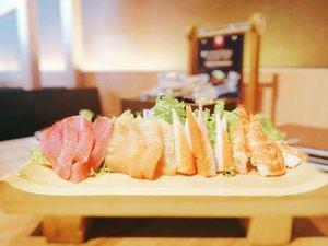 Hi Beautiful!  #foodie #foodstagram #foodgawker #sushi #sashimi #japanesefood  #kulinerjakarta #foodporn #foodstagram  #foodgasm #mouthgasm #foodphotography #food52 #foodtruck #foodpic #jktgo #manualjkt #jakartafoodbang #jktfoodbang  #jktfood  #tasyaeats #zomato #zomatoid #TasyaForZomato #Clozetteid