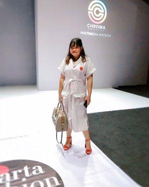 Wearing @thisisapril_ newest collection 🤗 #jfw2019 #bloggerceria #bloggerceriaxlennyagustin #iamwearingtia #jfw2019 #ootd #ootdindo #outfitoftheday #lookoftheday #fashion #fashiongram  #outfit #clothes #wiw #envywear #instafashion #outfitpost #fashionpost #todaysoutfit #fashiondiaries #clozetteid