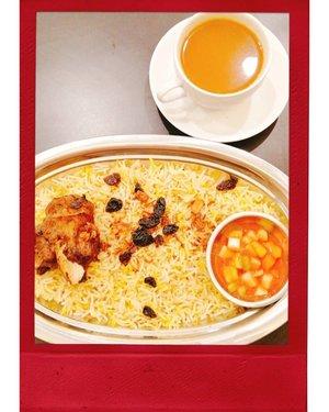 Arabian food night 📸. #MandhiLahm + #GahwaZanjabil 👌  #latepost #foodie #foodstagram #foodgawker  #kulinerjakarta #foodporn #foodstagram  #foodgasm #mouthgasm #foodphotography #food52 #foodtruck #foodpic #jktgo #manualjkt #jakartafoodbang #jktfoodbang  #jktfood  #tasyaeats #zomato #zomatoid #TasyaForZomato #Clozetteid #arabianfood #arab #middleeast