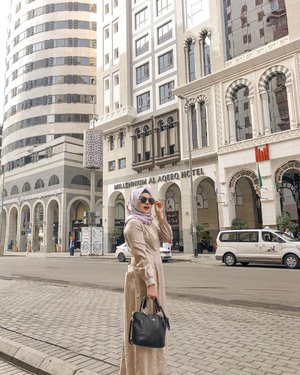 When سابرينا wearing hijab . assalamualaikum 🥰✨......#madinah #clozetteid #umrah #positivevibes #photooftheday #qotd #fashion #holiday #hijab #ootd #travel #traveldairy #travelblogger #Indonesia #potd #instaphoto #instatravel #instagram #qotd #quote #instagram #instadaily #beautyblogger #quoteoftheday #sprituality