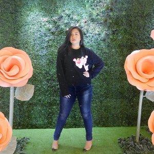 """Life is easier when you're numb!"" - Elliot • #ClozetteID #MakeupLover #makeuplovers #makeupartist #makeupjunkie #makeupblogger #beautylover #beautyblog #mua #beautygram #beautybloggerpage #indobeautygram #indobeautyblogger #beautybloggerindonesia #BeautyBloggerIndo #inssta_makeup #makeupisart #makeuplooks #make4glam #liquidlipstick #lumix #lumixgf8 #undertheradar_makeup #tampilcantik #makeuptutorial"