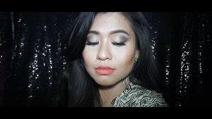 Finally!!!!!!!!!! My lip never accepts orange colour. But Matte Lipstick - 15 Flame from @maxfactorindonesia is different story. #NewMatteNewNudeNewYou•❤ Max factor Smooth Miracle - Primer❤ Max Factor Miracle Touch Skin Smoothing - Foundation, 40 Creamy Ivory❤ Maxfactor Masterpiece - Nude Palette Contouring Eyeshadow, 01 Cappuccino Nudes❤ Mad Factor Fals Lash Effect, - Mascara, Matte 15 Flame•Kalian mau hadiah produk-produk #MaxFactor senilai 1 Juta Rupiah? It's easy! Mulai 1 Maret 2018, cukup like & comment video aku di akun @maxfactorindonesia. I'll see you there and Good Luck 😘•#MaxFactorIndonesia #MFmakeup #ClozetteID #MakeupTutorial #OneBrandMakeup