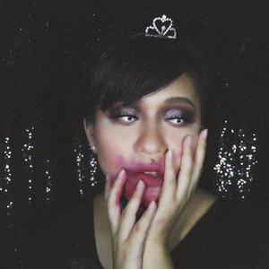 Be with a man who ruins your lipstick not your mascara -unknown • #ClozetteID #MakeupLover #makeuplovers #makeupartist #makeupjunkie #makeupblogger #beautylover #beautyblog #mua #beautygram #beautybloggerpage #indobeautygram #indobeautyblogger #beautybloggerindonesia #BeautyBloggerIndo #inssta_makeup #makeupisart #makeuplooks #make4glam #lumixindonesia #undertheradar_makeup #undiscovered_muas #tampilcantik #ragamkecantikan  #100daysofmakeup #sfxmakeup