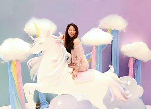 "Flying with Mr. Unicorn! 🦄🦄 Btw, aku lagi ada di Unicorn Land di @mallofindonesia! Kali ini MOI bikin konsep yang super gemes, dan banyak banget spot"" lucu dengan konsep Unicorn! 💕  Jadi letak nya ada di Main Atrium Ground Floor.. Jadi jangan lupa mampir yaaa! Unicorn Land ada sampai tanggal 14 Juli 2019! 🦄 - 📷 : @meiliyana_11 - #MOIunicornland #Unicorn #UnicordLand"