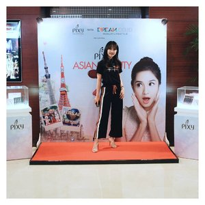 Attending PIXY ASIAN BEAUTY TRIP.  Today, i'm gonna support my twinnie @cyndiadissa . Last year, I didn't allow my family to watch me. Too shy😂 Thankyou to bring me to Japan last year @pixycosmetics . #clozetteid #pixycosmetics #pixyasianbeautytrip #dreamxpixy