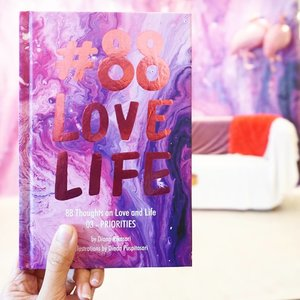 """""""Nobody's life is ever all balanced. It's a conscious decision to choose your priorities every day,"""" Elisabeth Hasselbeck. . #clozetteid #88lovelife"""