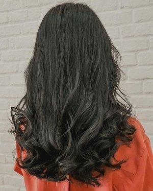 Terima kasih tangan magic mas @amin_choayo untuk Hair Cut dan Wave Setting nya!Review lengkapnya udah aku tulis di blog!��#choayosalon #wavesetting #clozetteid
