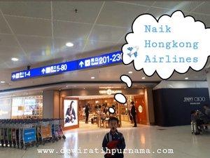 `Memasuki kabin Hongkong Airlines ✈...Hawanya fresh, terasa bersihnya.. interiornya dengan kombinasi warna merah terlihat manis.... Baca lanjutan reviewnya ya di blog mami 📲 klik link di bio 🌐💕 ..https://www.dewiratihpurnama.com/2019/12/naik-hongkong-airlines-pesawatnya-bagus.html?m=1.@bloggerperempuan #bloggerperempuan#aviation#review#hongkongairlines#hongkong#travel#clozetteid#airlines#updateblog#blogger#blogspot